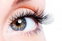 long and dark women's eyelashes after using latisse